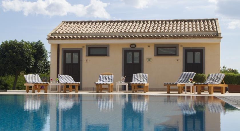 Hotel Terra dei Sogni - zwembad