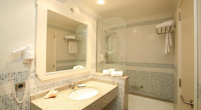 Appartement Bahia Camp - badkamer