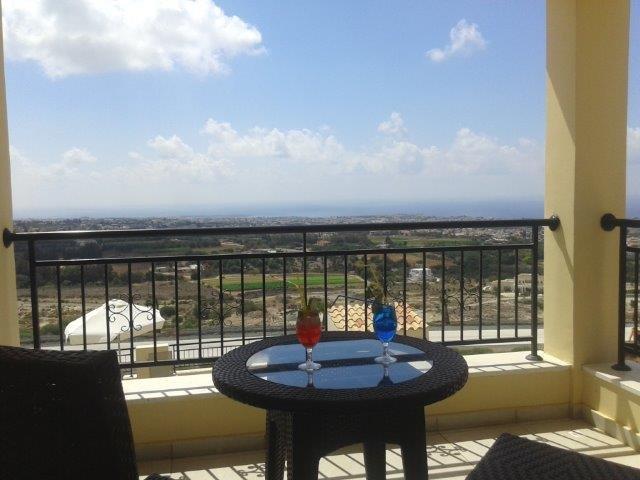 Villa George - uitzicht vanaf balkon