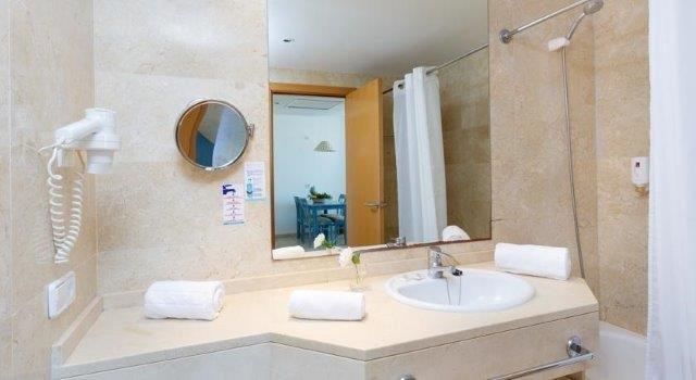 Appartementen Dunes Platja - badkamer