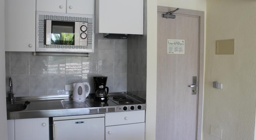 Appartementen Maristany - keuken