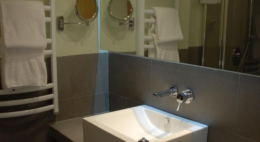 Appartementen Es Baulo Petit - badkamer