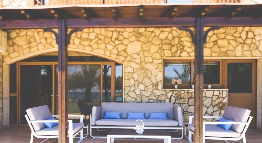 Villa Elya Beach - terras