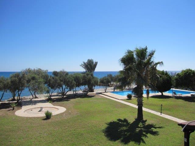 Villa Elya Beach - tuin