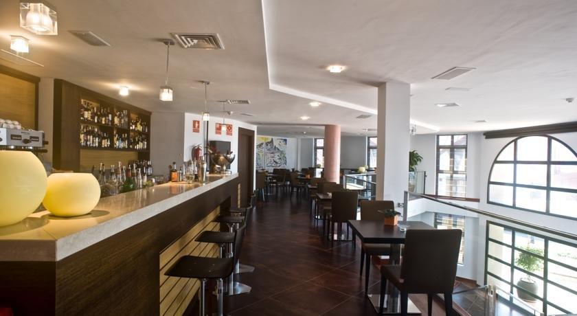 Hotel Roca Negra - bar