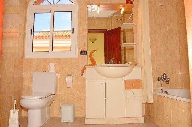 Appartementen Callaomar - badkamer