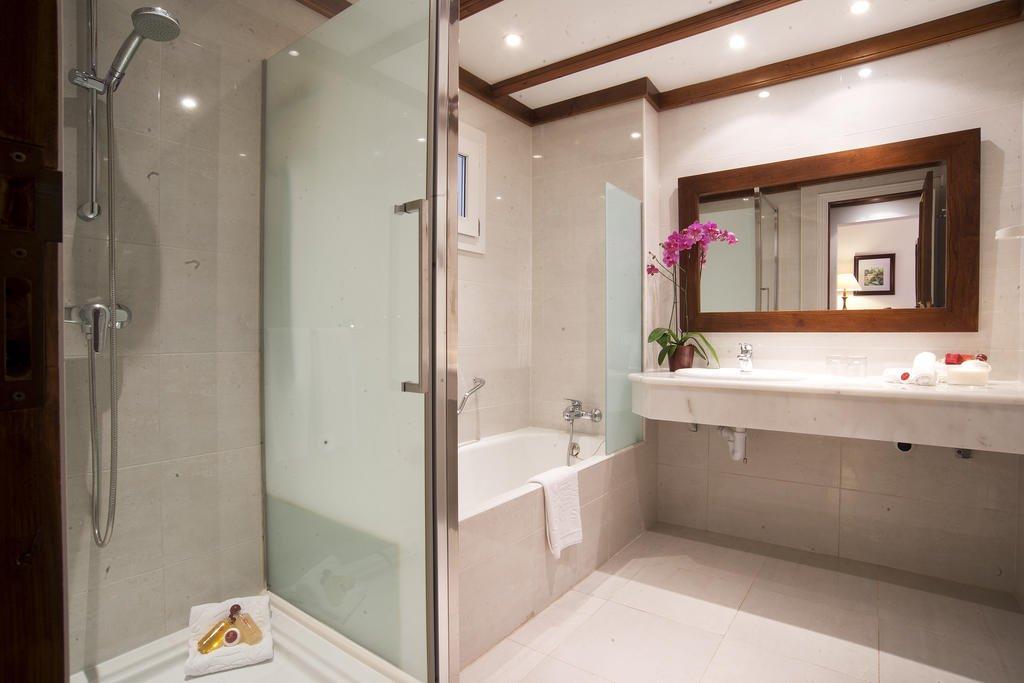 Hotel Bon Sol - badkamer