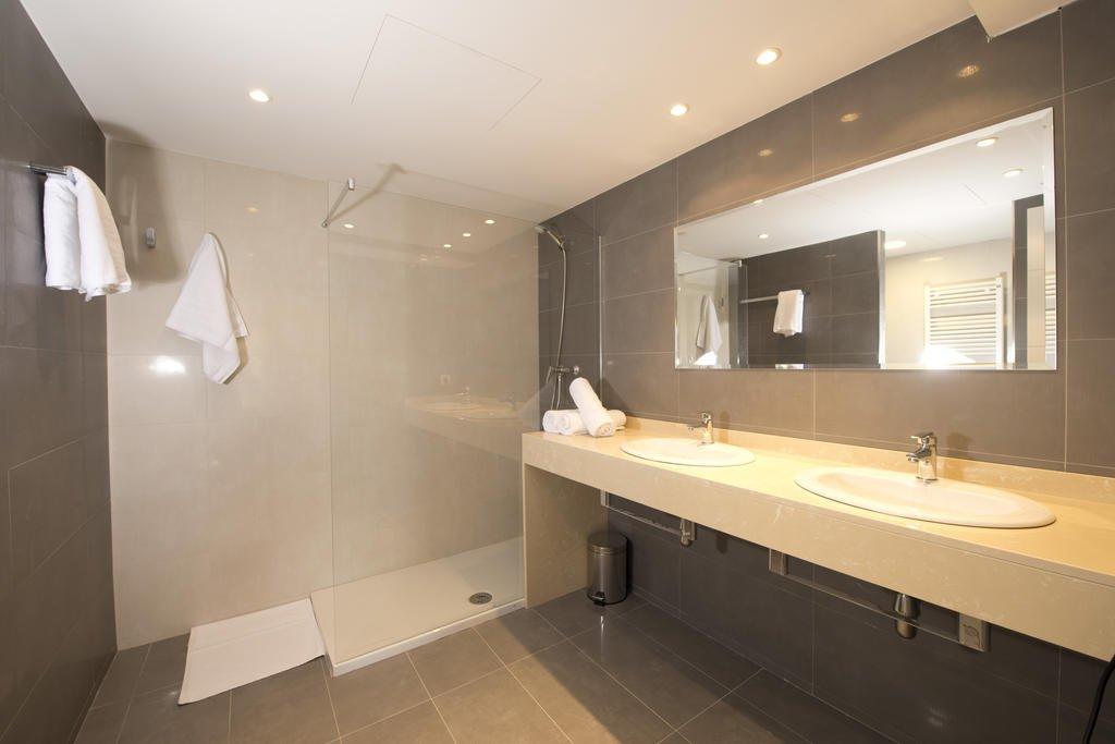 Appartementen Porto Drach - badkamer