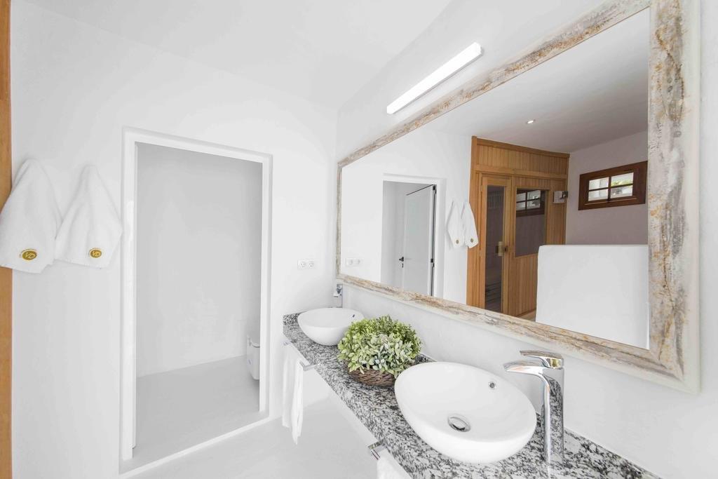 Hotel Villa Delmas - badkamer bij de sauna