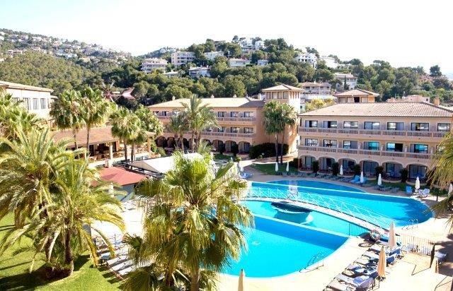 Fly-drive Porto Cristo - Hotel Mon Port