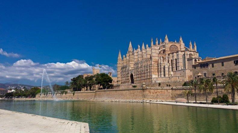 Fly-drive Porto Cristo - Palma de Mallorca