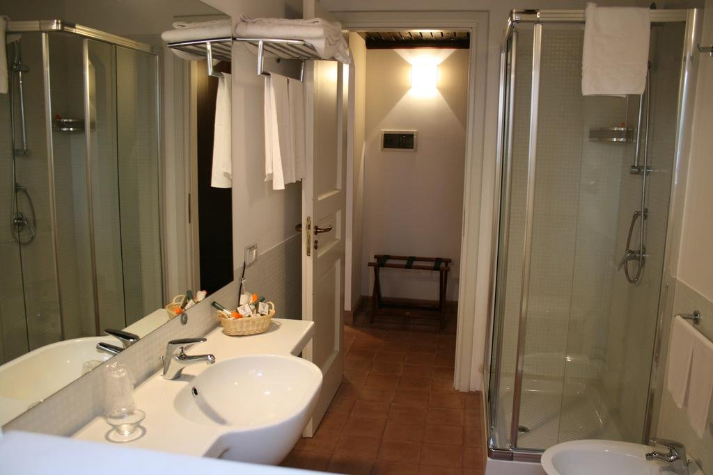 Hotel Masseria degli Ulivi - badkamer