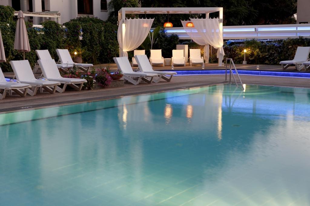 Appartementen Anemi - zwembad