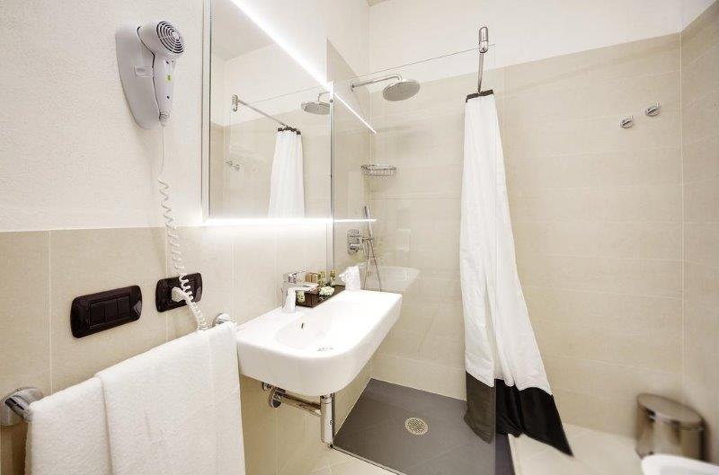 Hotel Addauro - badkamer