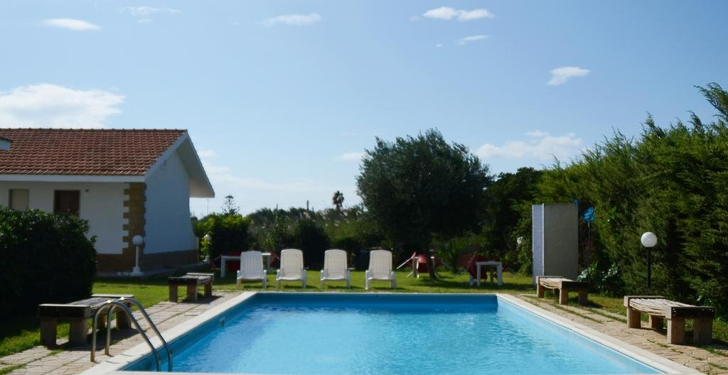 Hotel Kaucana Inn - zwembad