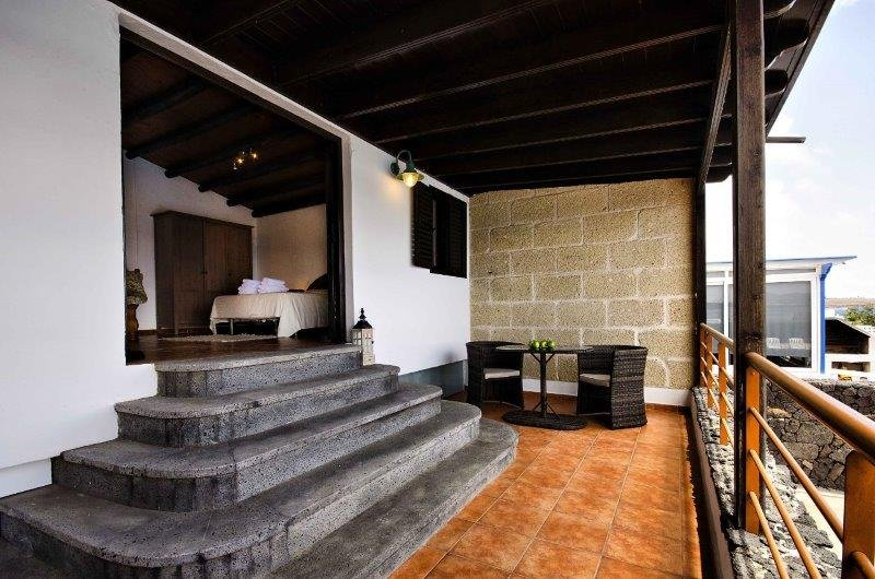 Villa Adelina - terras bij slaapkamer