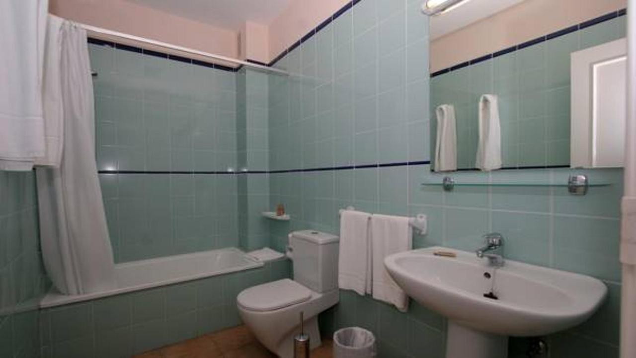Appartementen Jardin del Conde - badkamer