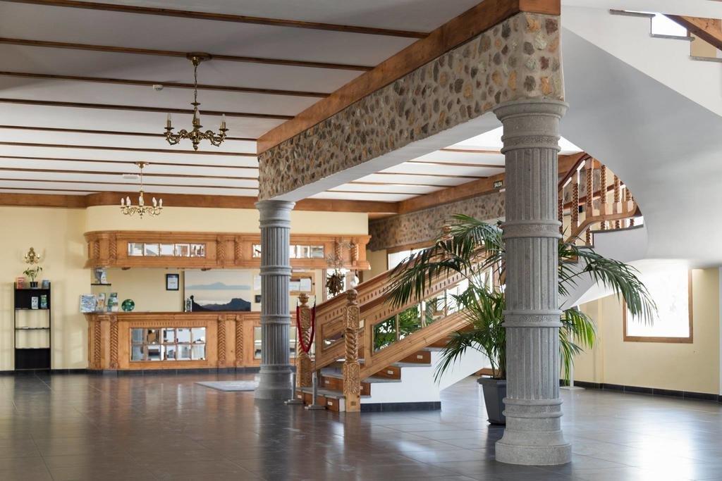 Hotel Melvas Suites - hal/entree