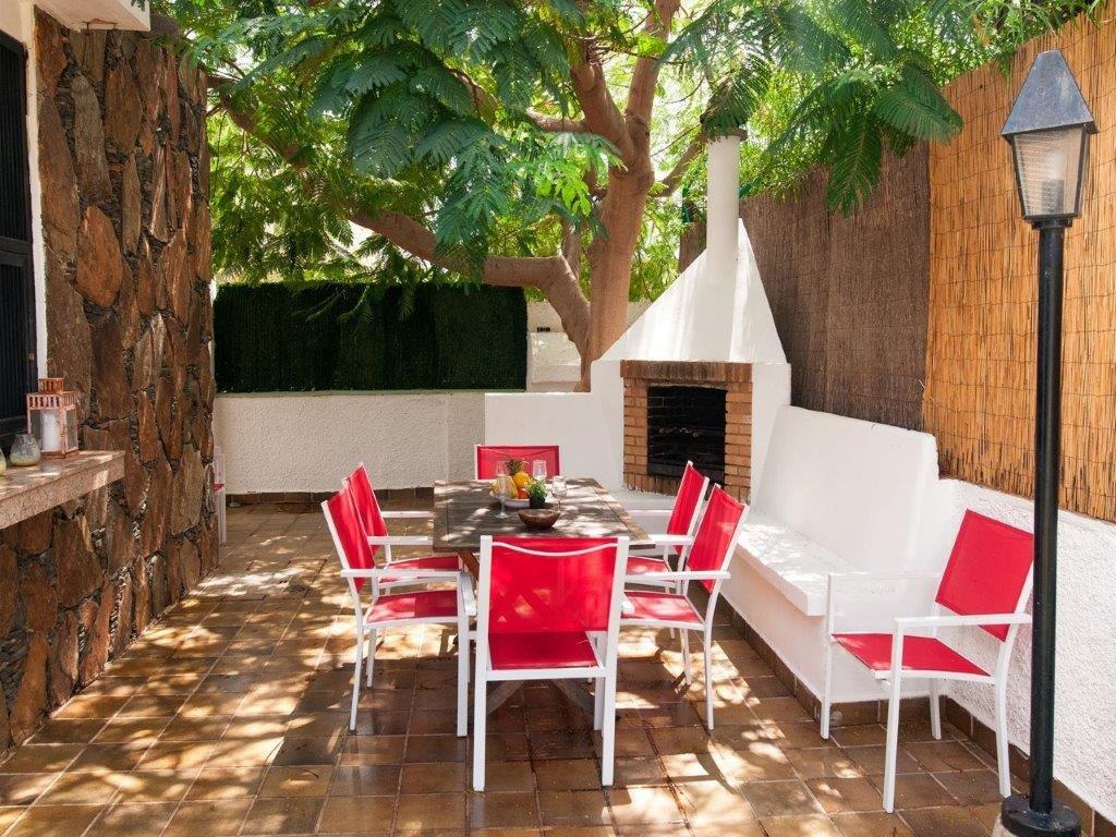 Villa Isabel - terras buiten