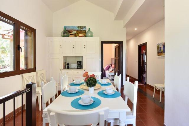 Villa Madronal - eetkamer