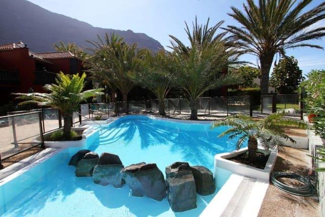 Appartementen Punta Marina - zwembad