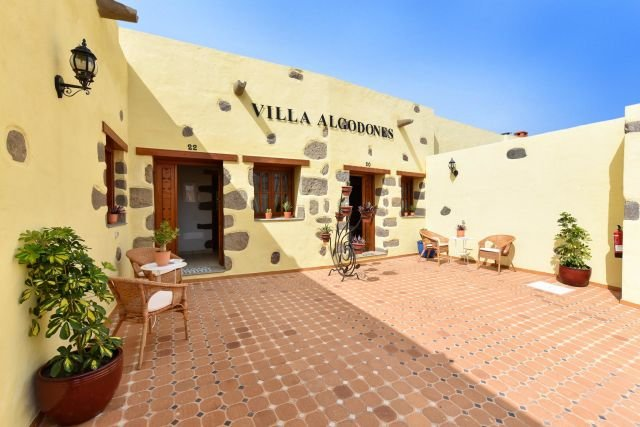 Villa Algodones - entree