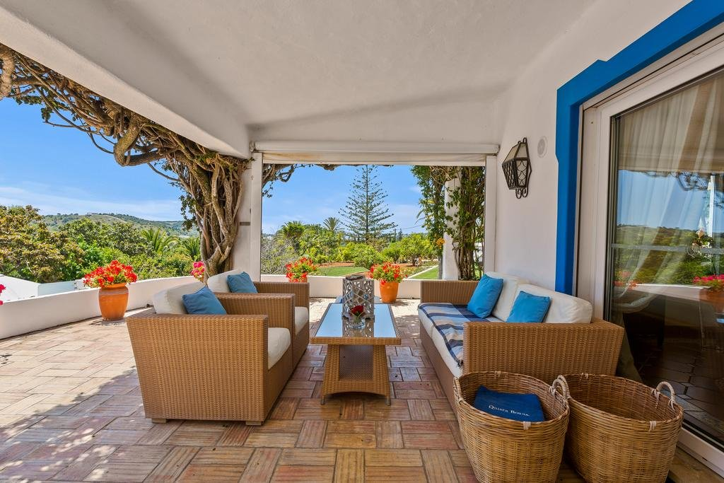 Hotel Quinta Bonita - terras algemeen