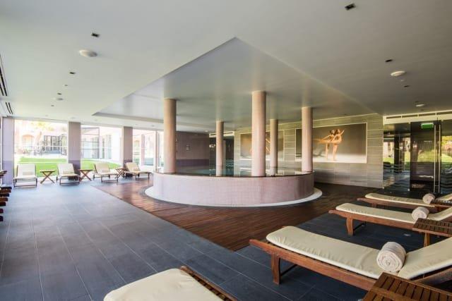 Hotel Gale Praia - indoor jacuzzi