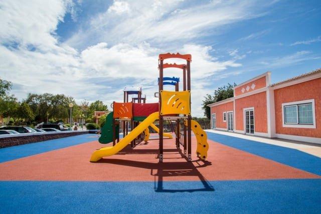 Villa Colina - gezamenlijke speeltuin