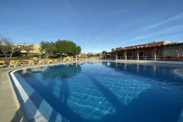 Villa Colina - gezamenlijk zwembad