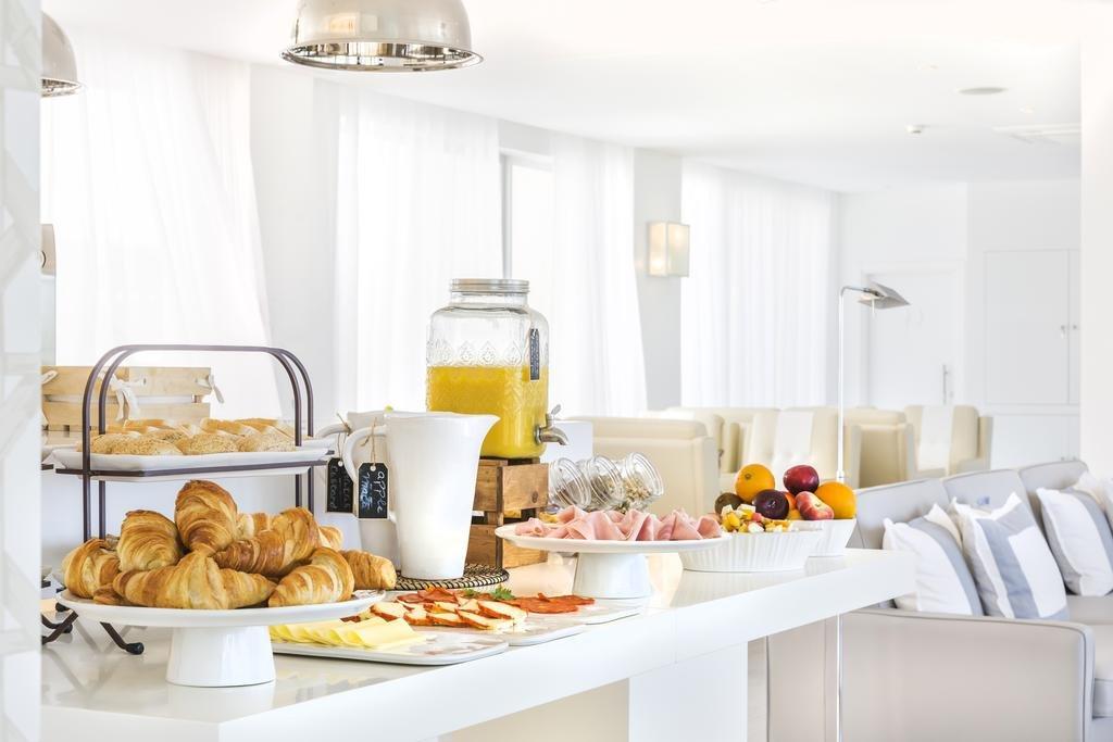 Villa Laguna - ontbijtbuffet