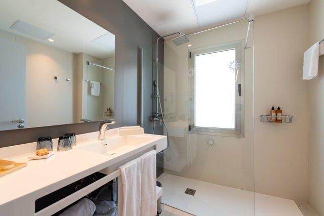 Appartementen Mogan Solaz - badkamer