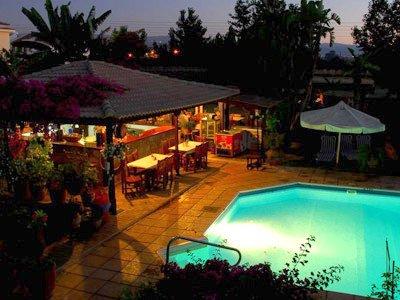 Appartementen Bay view - buiten restaurant
