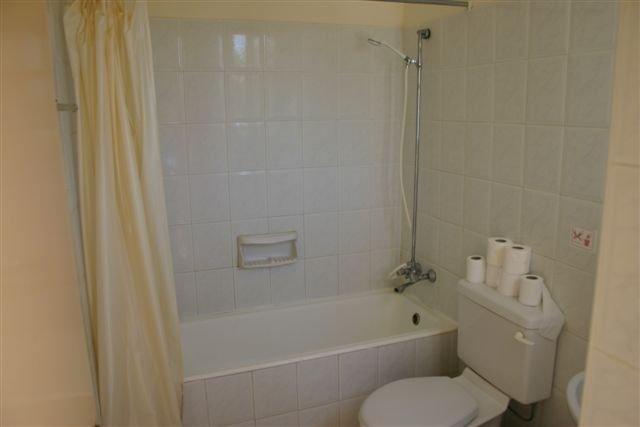 Appartementen Bougainvillea -  badkamer
