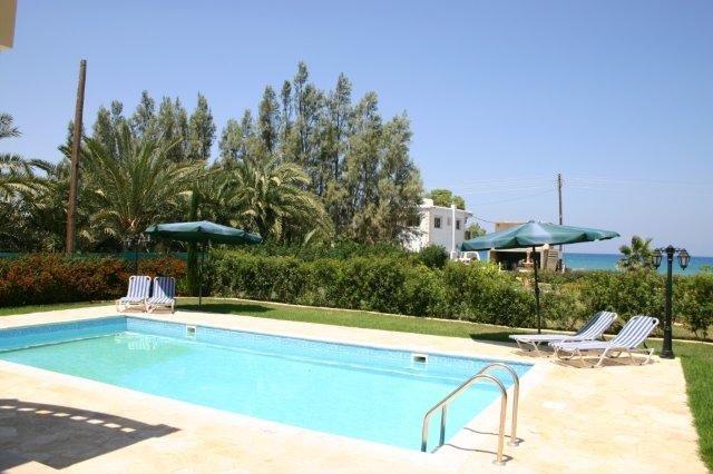 Villa Tsikos - zwembad