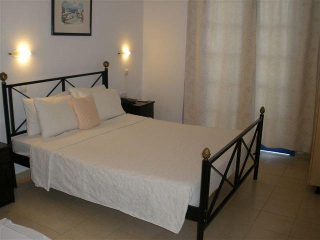Hotel Lindos Sun - slaapkamer