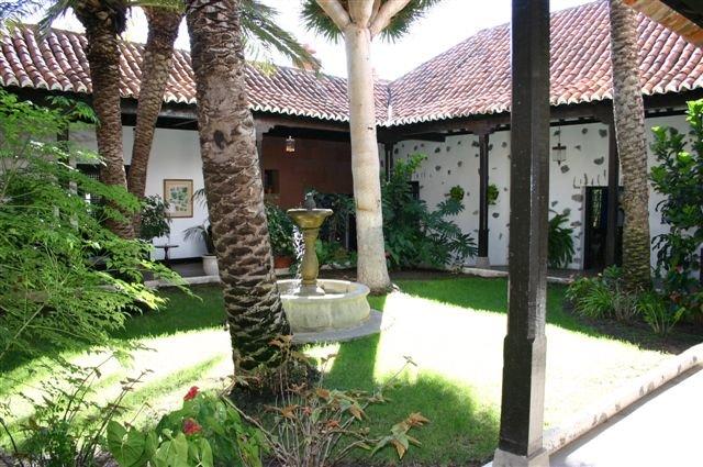 Hotel Parador - tuin
