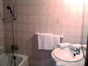 Appartementen Borbolan  -  badkamer
