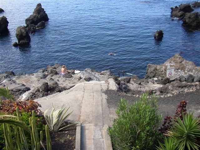 Appartementen Punta Negra -  trap naar zee