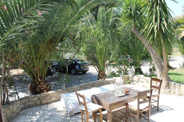 Hotel Vasilias Nikoklis Inn - terrasje