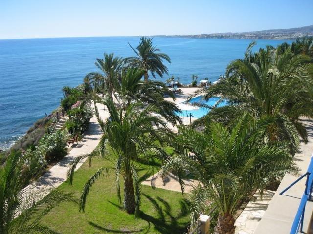 Appartementen Vrachia - tuin en zwembad