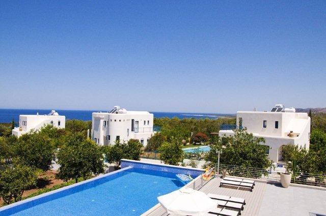 Villa Azzurro - zwembad
