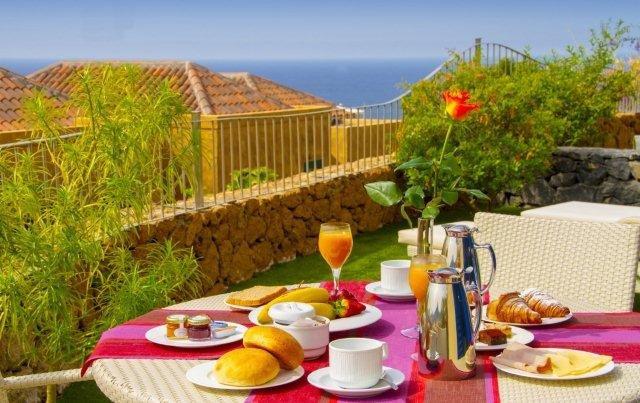 Hotel villa Maria - uitzicht van privé terras