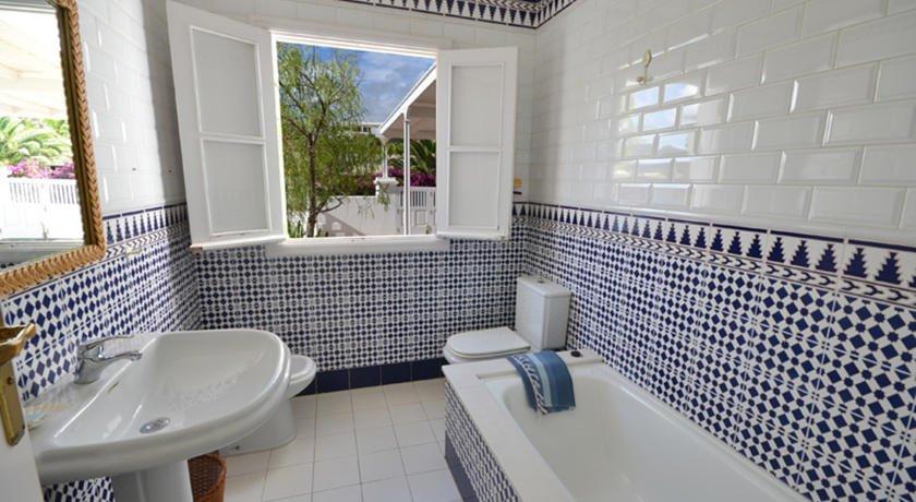 Villa del Puerto - badkamer
