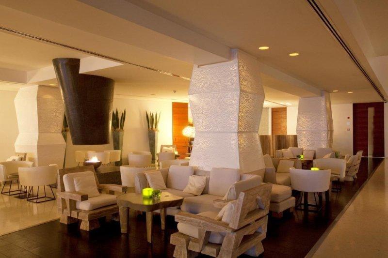 Hotel Londa - lounge/ bar