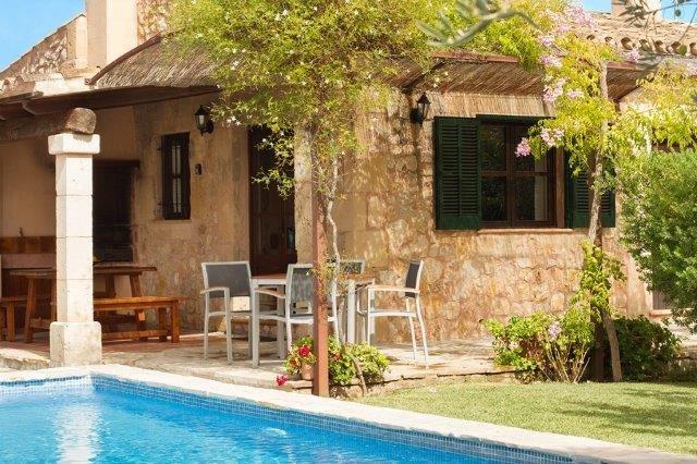 Villa Can Just - buitenkeuken