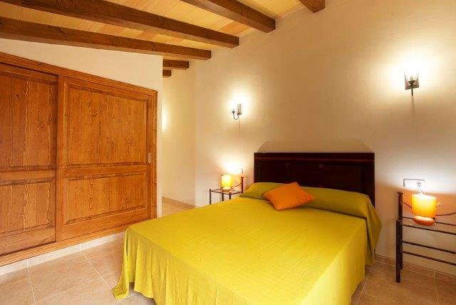 Villa Cuxach Nou - slaapkamer