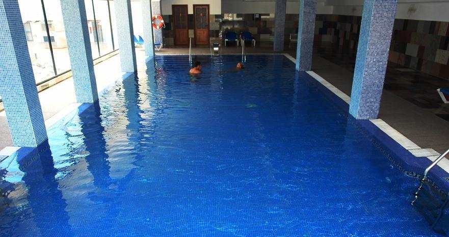 Aparthotel Rubimar Suite - binnenzwembad