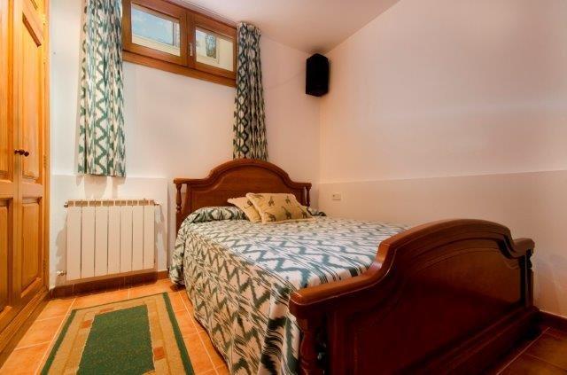 Villa Aumadrava - slaapkamer