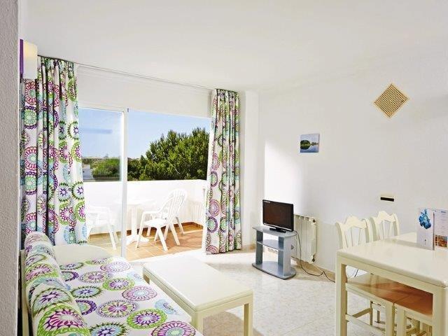 Appartementen Andreas - woonkamer en balkon